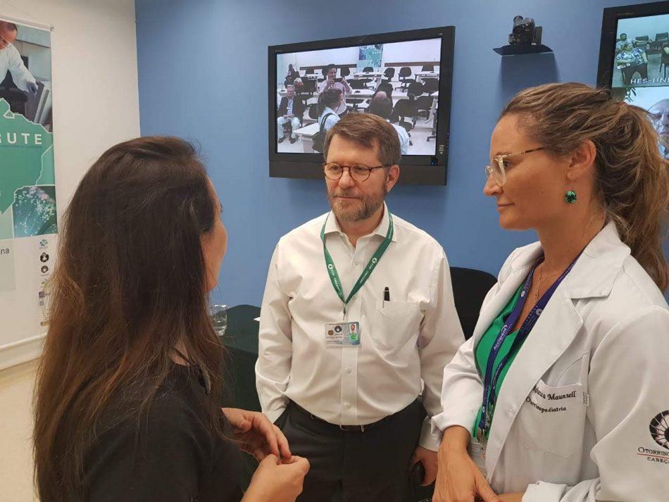 Adriana Ventura em visita a hospital de Campinas